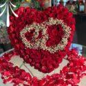hart shape table flowers